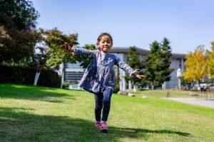 kids running space